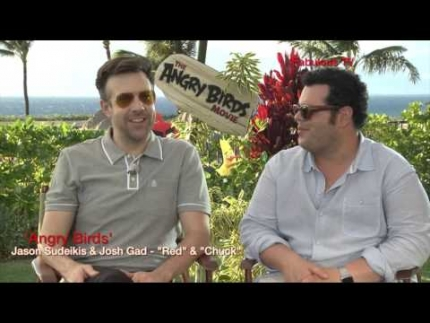 "Jason Sudeikis & Josh Gad   ""Red"" & ""Chuck"" at Angry Birds press junket Fabulous TV"