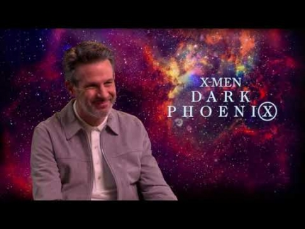 "writer 'Simon Kinberg' on ""DARK PHOENIX"""