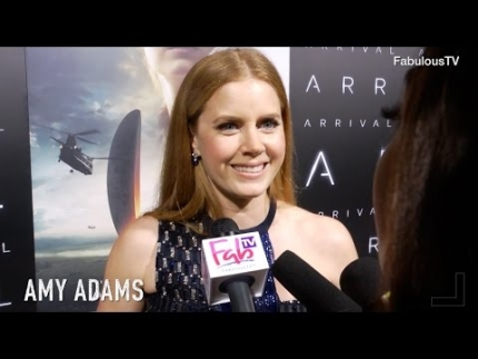 Amy Adams at the  Arrival  premiere talks about the film on FabulousTV