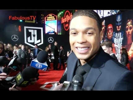 Ray Fisher 'Cyborg' @ Justice League premiere on FabTV