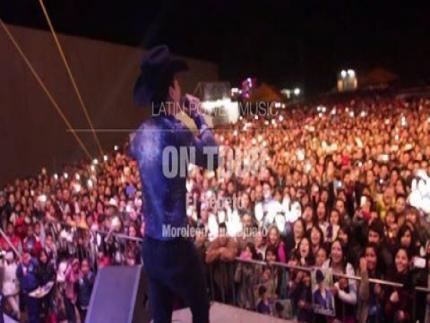 Presentación de El Bebeto en Moroleón, Guanajuato.  #OnTour Haz click aquí...https://youtu.be/zjbloez6nOY