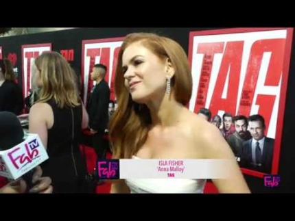 """Tag"" Red Carpet Premiere Isla Fisher"