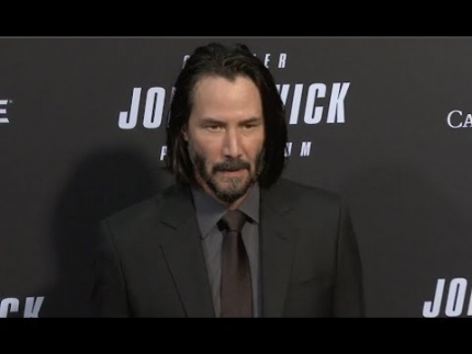 Red Carpet Arrivals of Keanu Reeves, Halle Berry & cast!