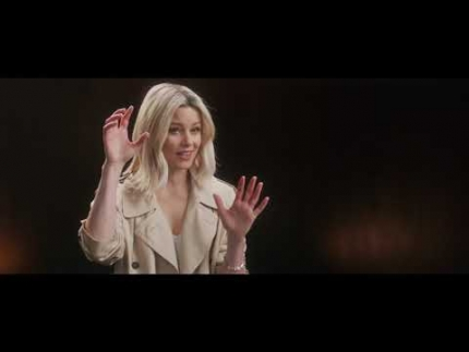 """Elizabeth Banks reacts & exposes """"Charlies Angels"""""""