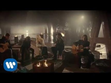 "Maná - ""Mi Verdad"" a dueto con Shakira (Video Oficial)"