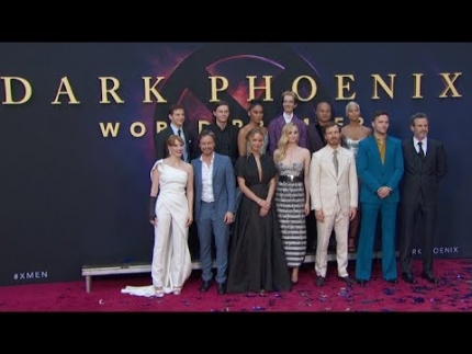 """Dark Phoenix"" premiere ALL red carpet arrivals & cool..."