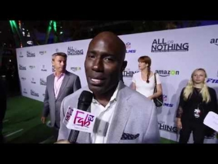 Terrell Davis at Arizona Cardinals   premiere on Fabulous TV