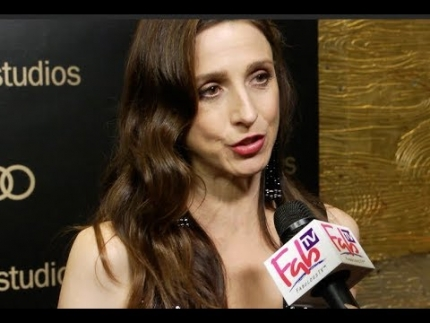 "Marin Hinkle shocked about ""The Marvelous Mrs. Maisel"" Amazon Studios @ Golden Globes on  FabTV"