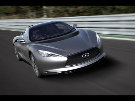 MotoMan drives the Infiniti Emerg-E Concept Car