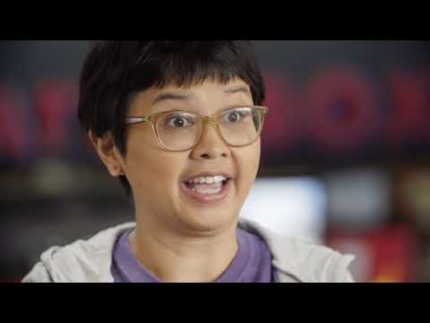 "Charlyne Yi talks about ""Jexi"""