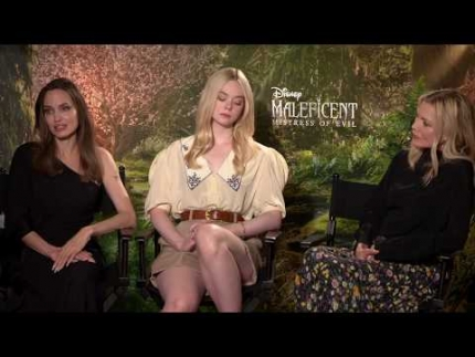 "Maleficent: Mistress of Evil ""Angeline Jolie - Michelle Pfeiffer - Elle Fanning"