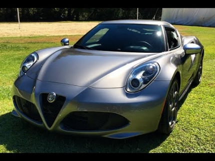 Alfa Romeo 4C: (Snake) One Take