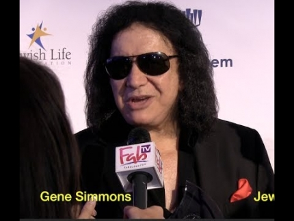 Gene Simmons at AMERICAN SOCIETY FOR YAD VASHEM AND THE JEWISH LIFE FOUNDATION