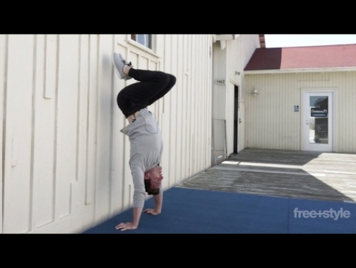 TUCK UP TO HANDSTAND
