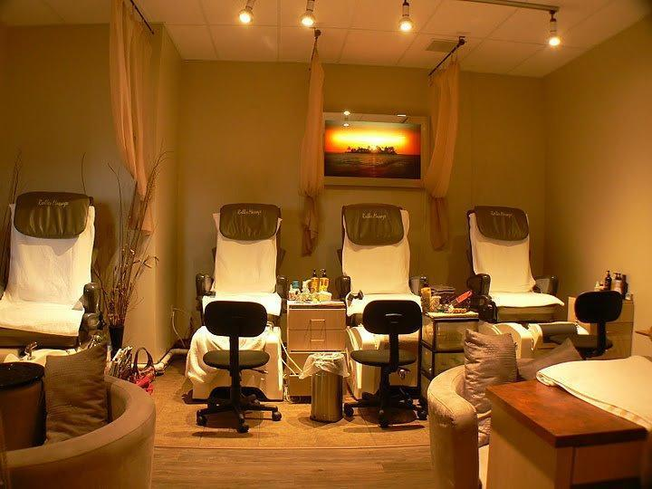 8 Senses Salon Spa