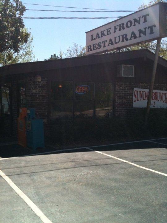 Janssens Lakefront Restaurant