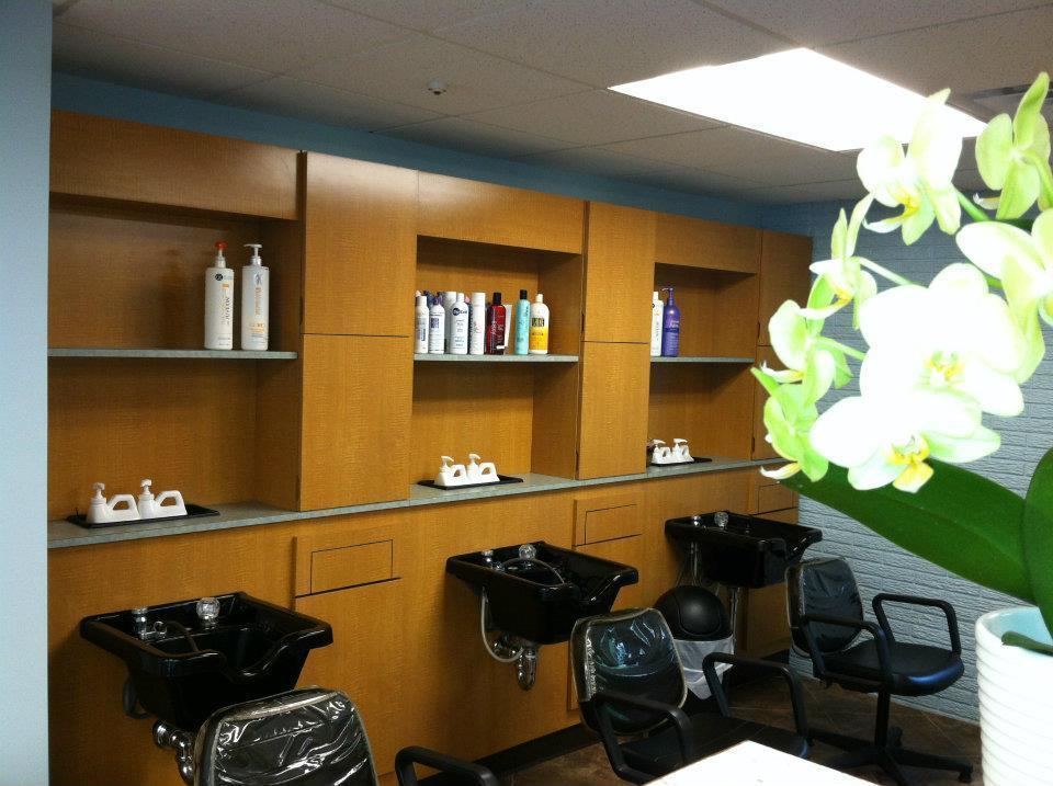 Henris Hair Salon