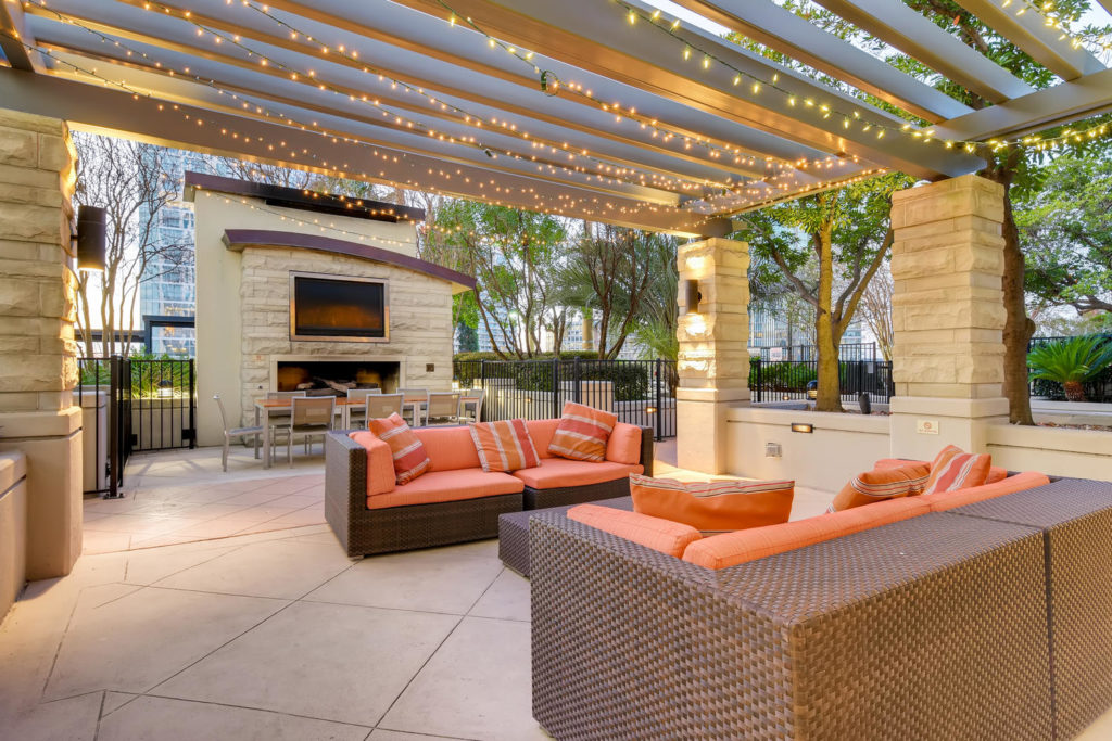 top listing images - virtuance - lounge area patio space