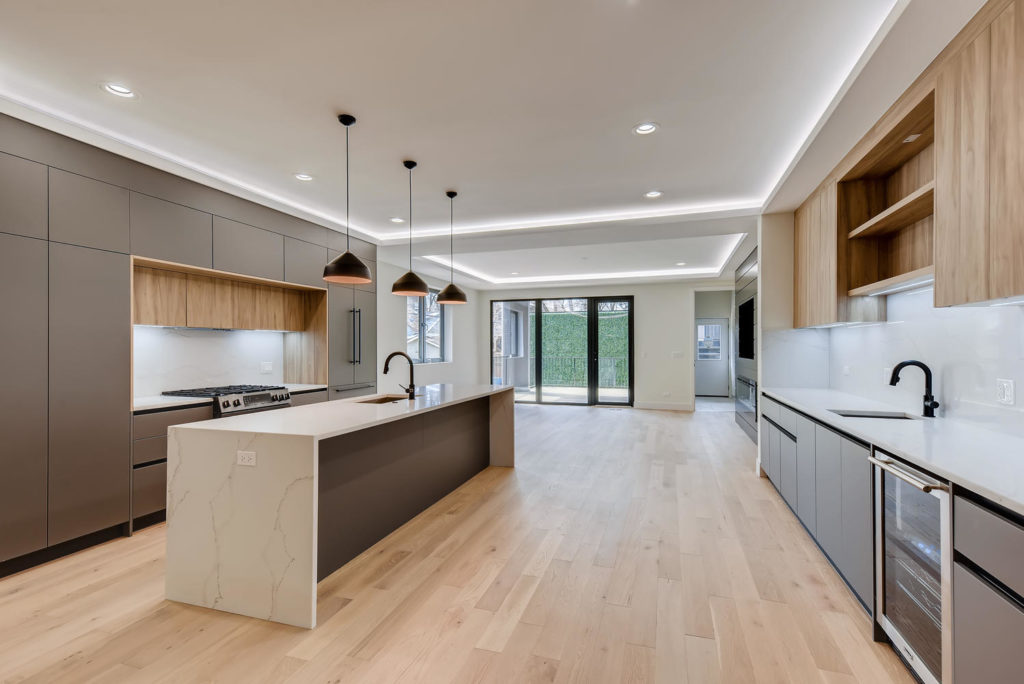 large kitchen with handleless cabinets