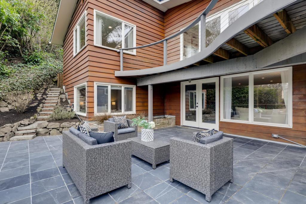 Sitting area in backyard patio
