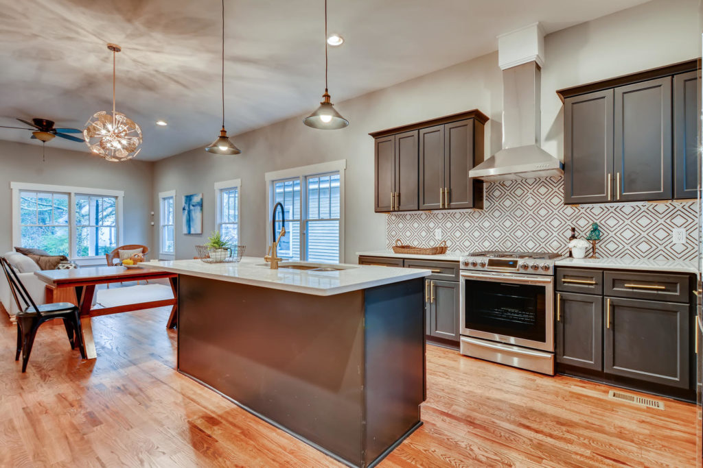 Atlanta kitchen with island