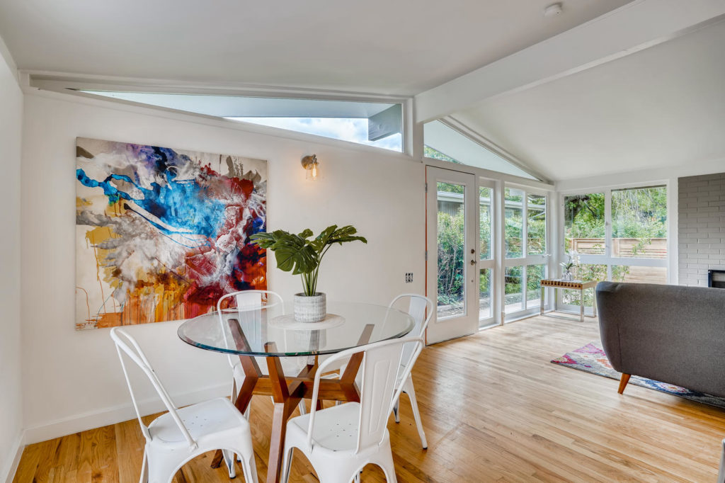 Breakfast area in mid-century modern home
