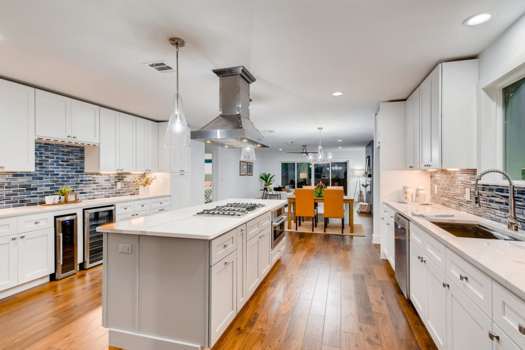 Modern kitchen with oven in island