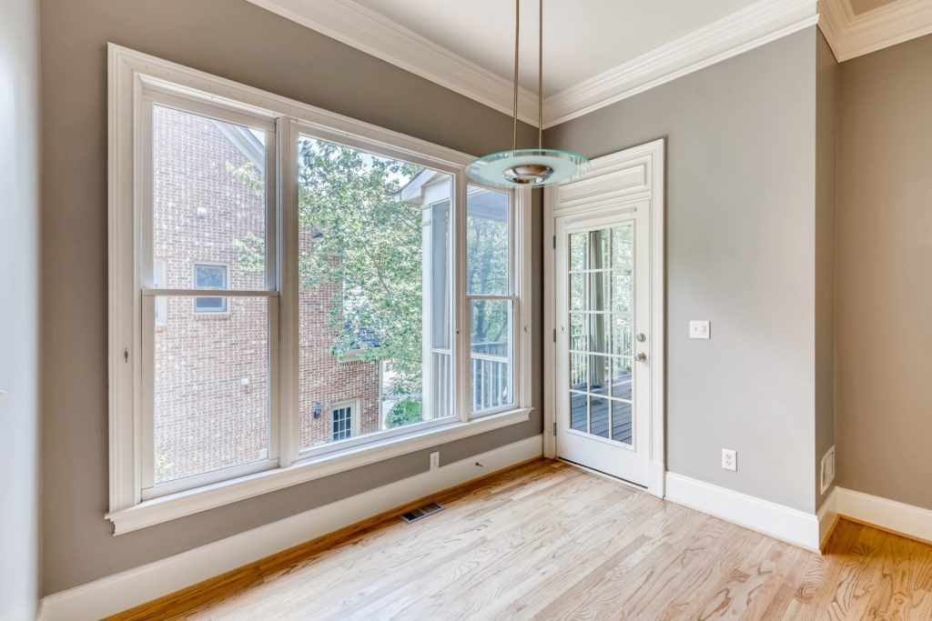 Real estate image vacant home - Decatur GA