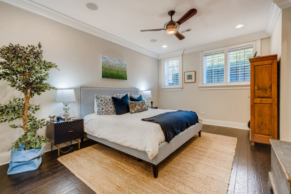 luxury bedroom Chicago - real estate image