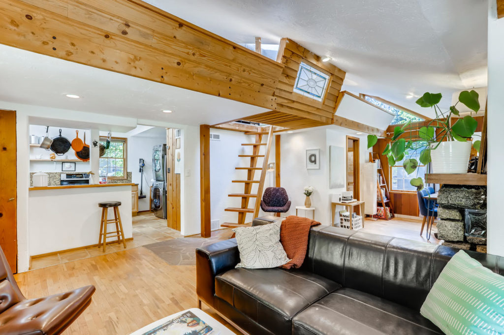 real estate photography - living room with loft