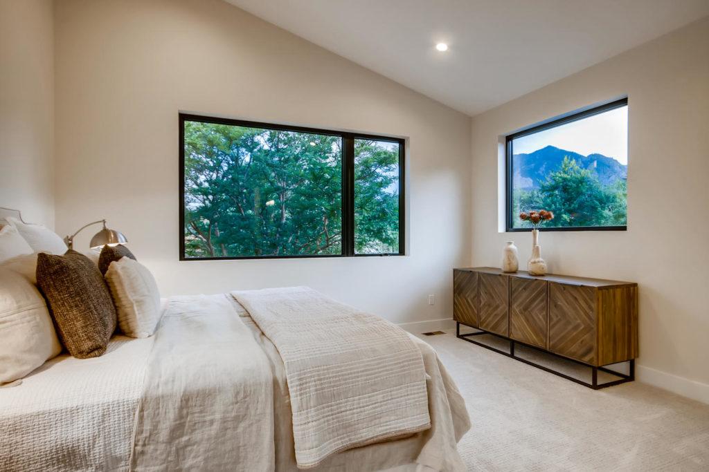 real estate photography - bedroom boulder