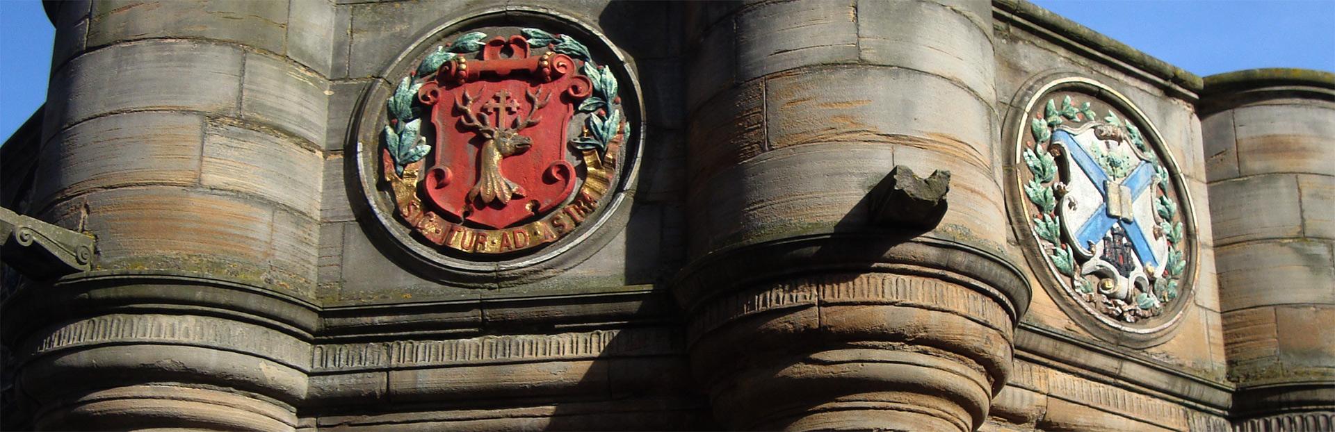 Edinburgh walking tour city of contrasts
