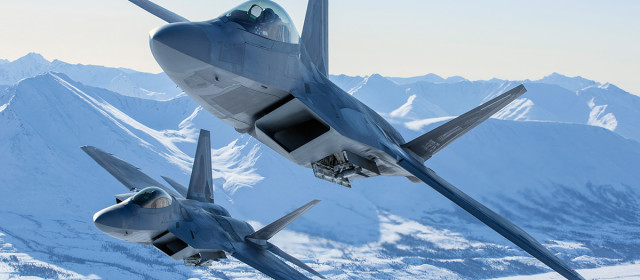 Australian Wing Commander: Sell Us New F-22s