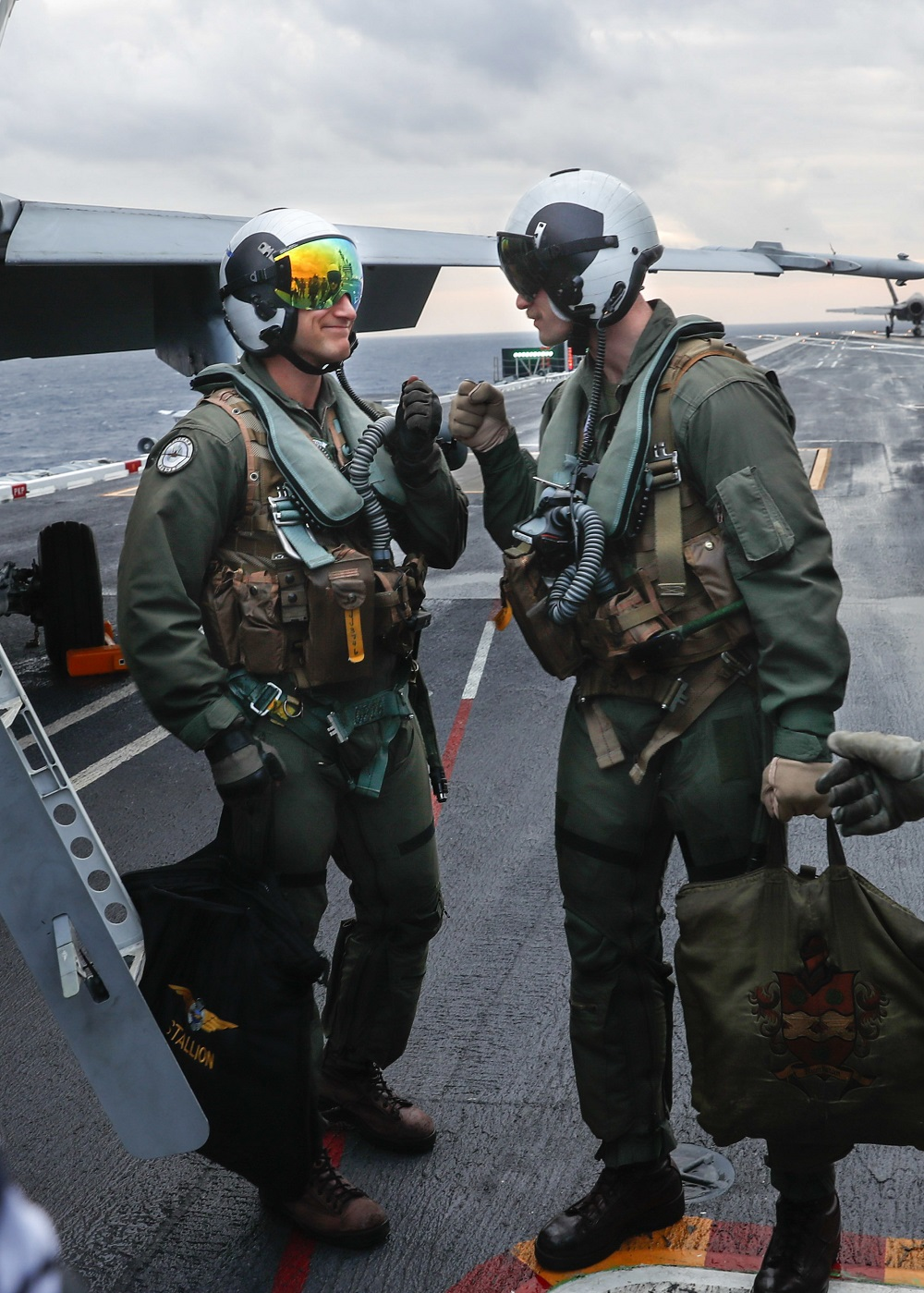 In a First, a Finnish Fighter Pilot Lands on a U S  Aircraft Carrier