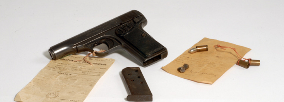 An Angry Russian Sneaked a Pocket Pistol Into a Book Fair to Assassinate the French President