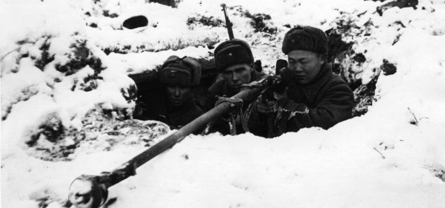 Soviet Paratroopers Fought for a Month Behind the Lines in Freezing Temperatures