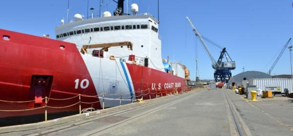 Coast Guard polar icebreaker project moves ahead with new contract