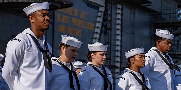 Navy allows transgender sailors to dress according to gender identity while off duty