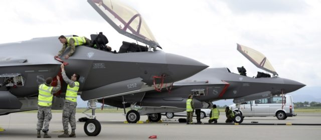 Slippery slope: Norwegian Air Force facing drag chute problem with its new F-35s