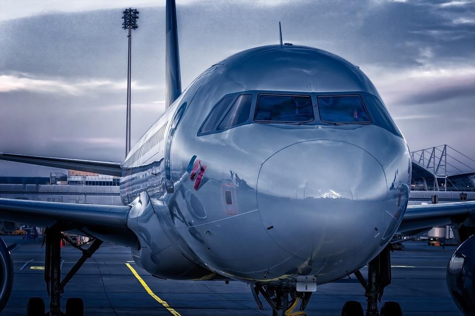 aircraft-3761684_960_720.jpg#asset:29351