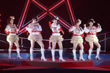 ℃-ute ペンタグラムの形成に会場内は「オーッ!」とどよめき