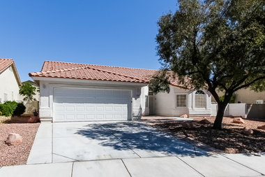 A curated selection of rental homes in Phoenix. Progress Residential    Find houses for rent in Phoenix  AZ