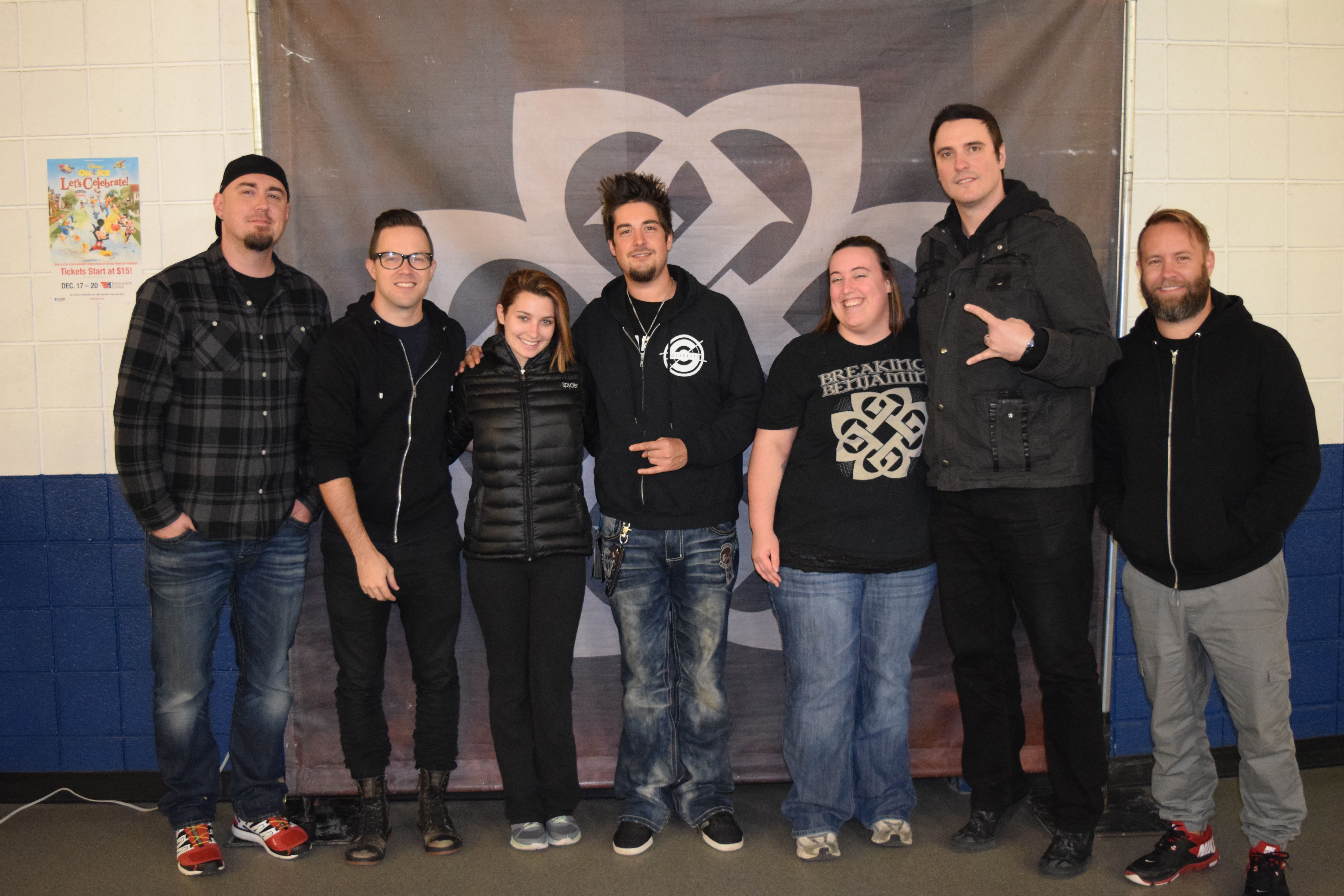 VIP Meet & Greet Photos - Times Union Center - Albany, NY - Breaking