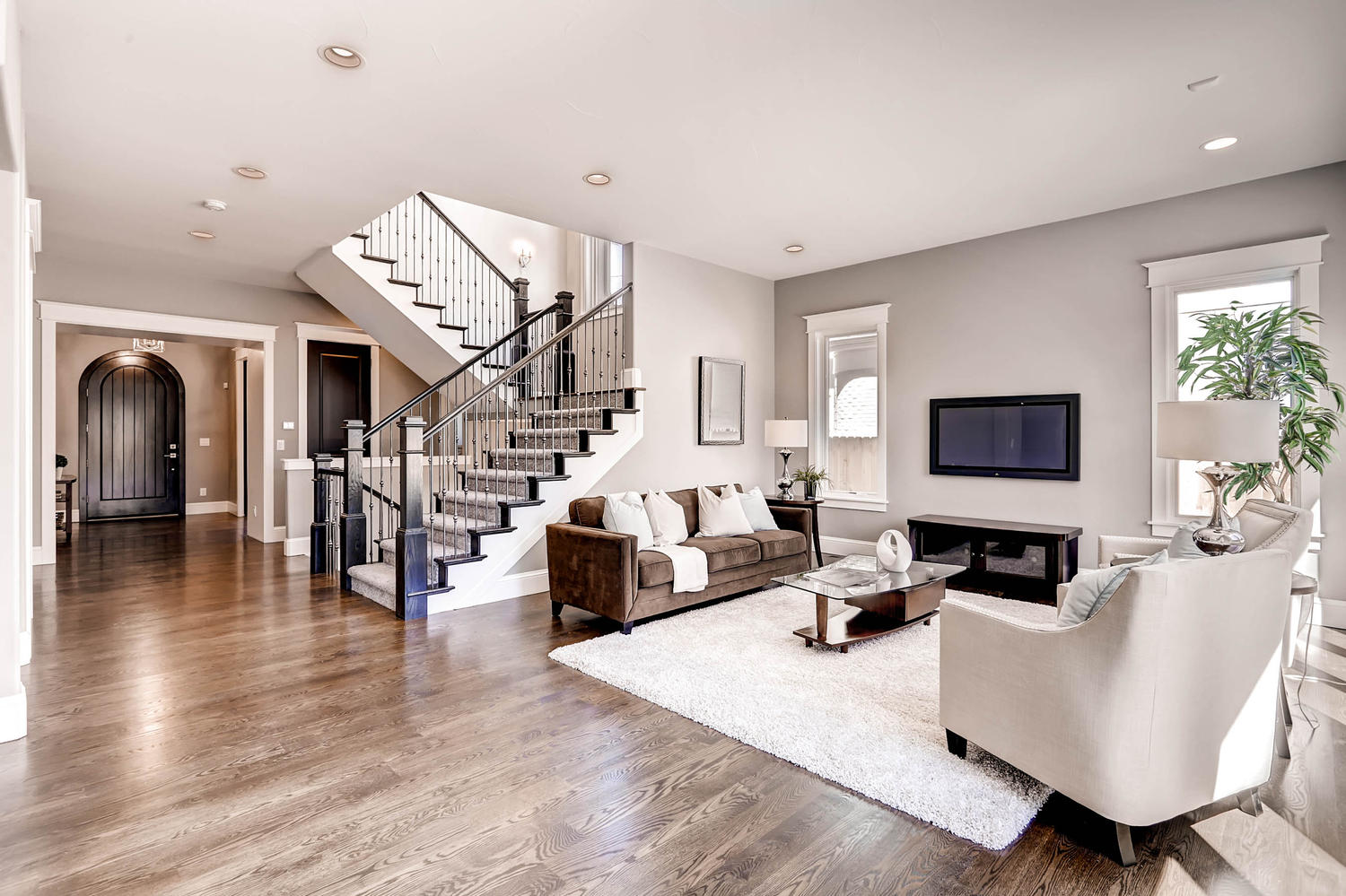 luxury transitional staging