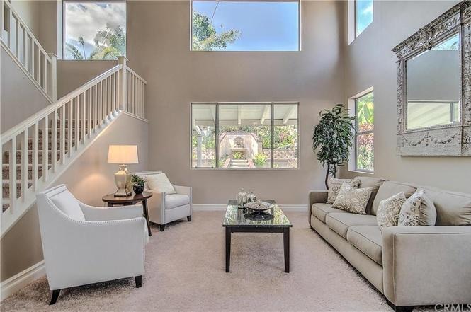 Coto de Caza White Orchid Living Room