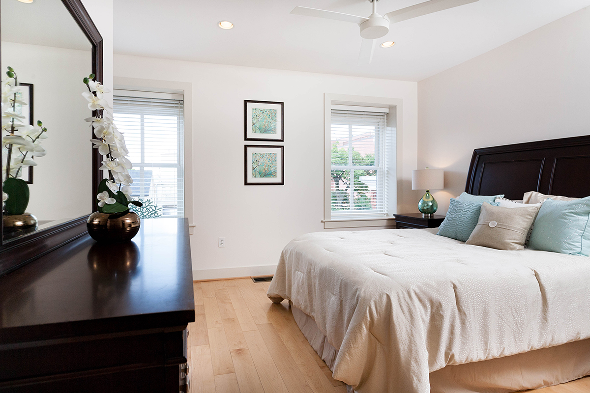 contemporary-home-staging-true-house-design-photos-04 - White Orchid ...
