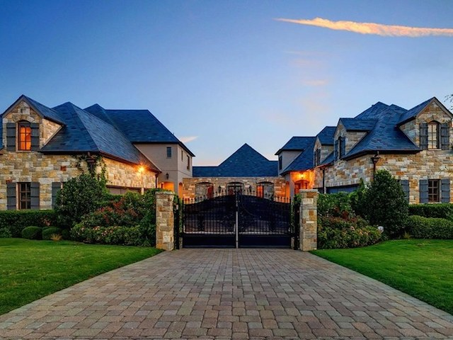selena gomez's house luxury house home staging dallas