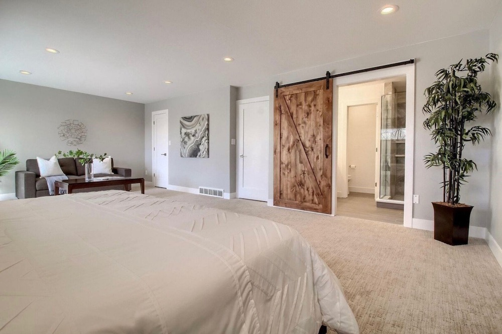 Modern Farmhouse Bed Master Suite