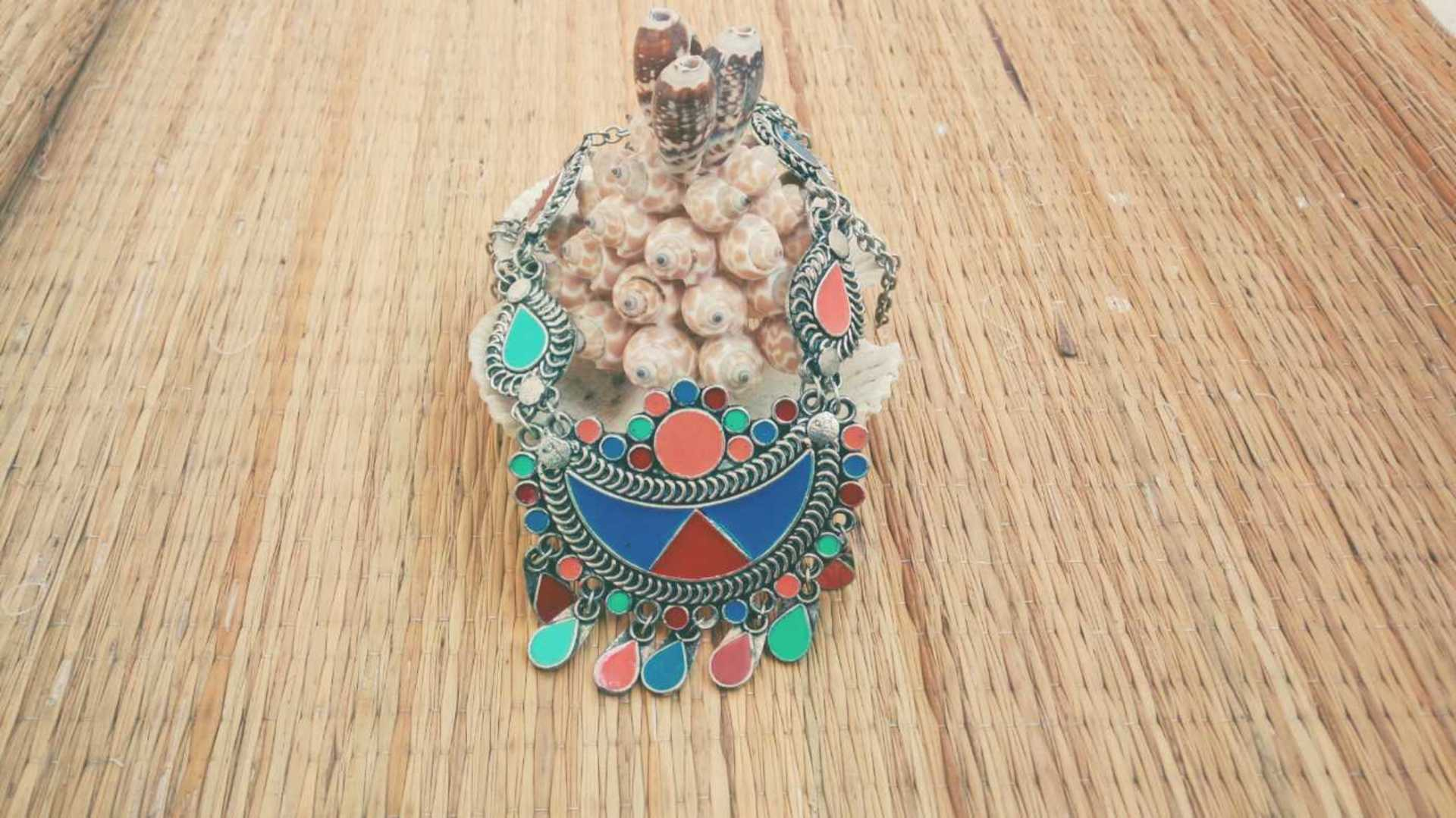 Handmade-jewellery-fashion-unique-style