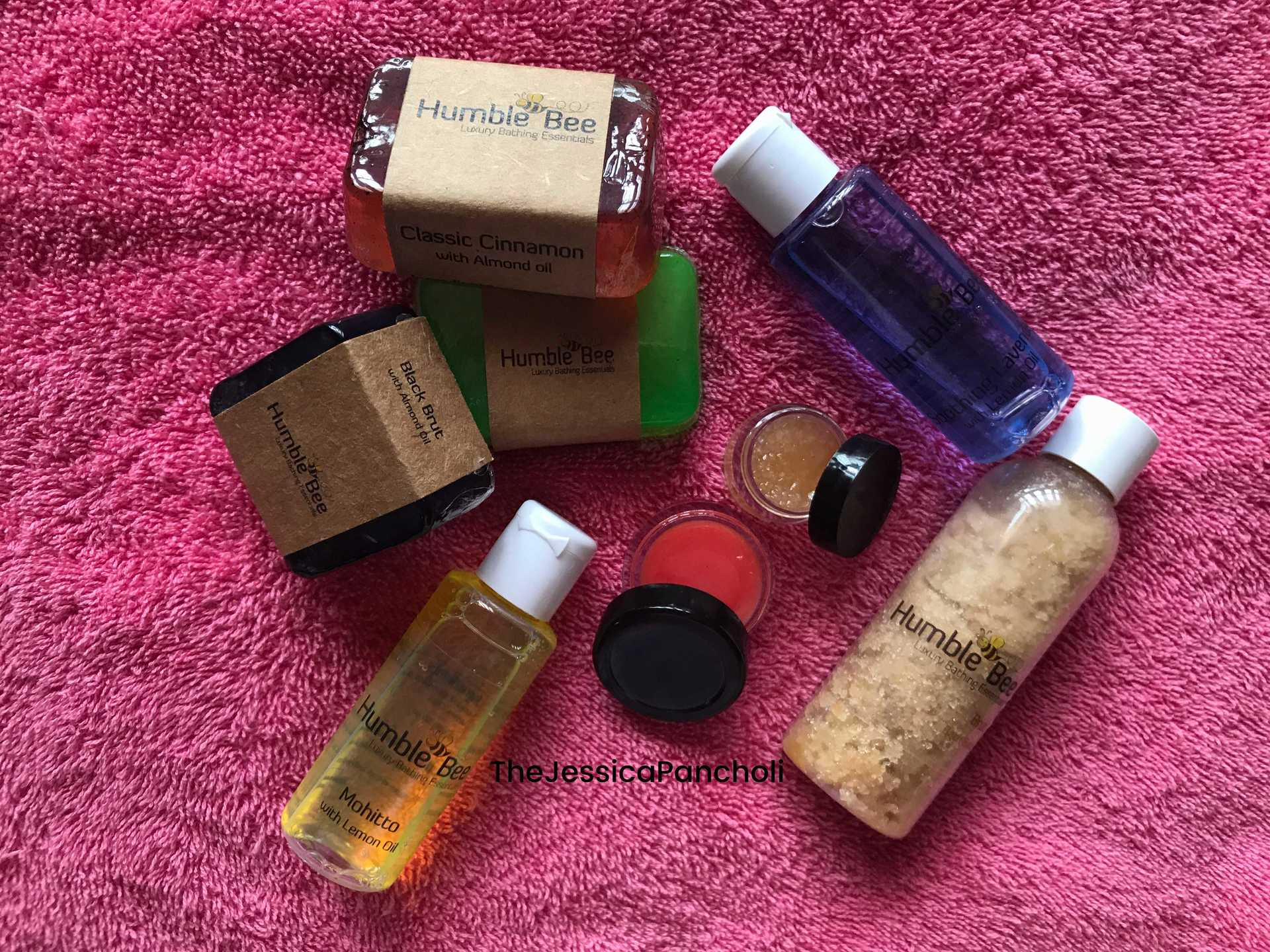 Humble Bee - Luxury Bathing Essentials// Review image